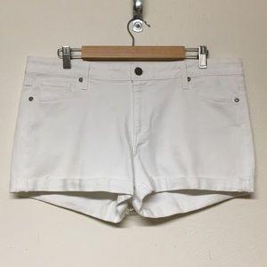 PAIGE Jimmy Jimmy Short white cuffed size 31